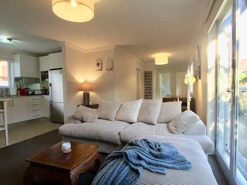 Sydney Coastal Comfort, Randwick