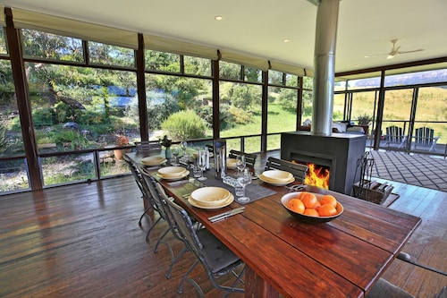 Country Retreat With Views Of Escarpment, Shoalhaven - Pt B