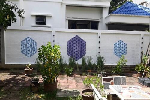 Hypnok Guesthouse, Bang Na