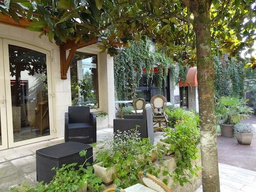 __{offers.Best_flights}__ Hôtel Val De Loire
