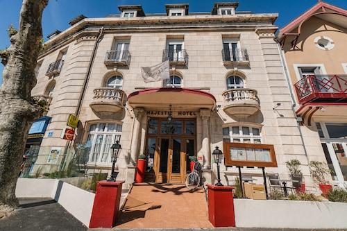 . LOGIS Hotel Majestic Chatelaillon Plage - La Rochelle
