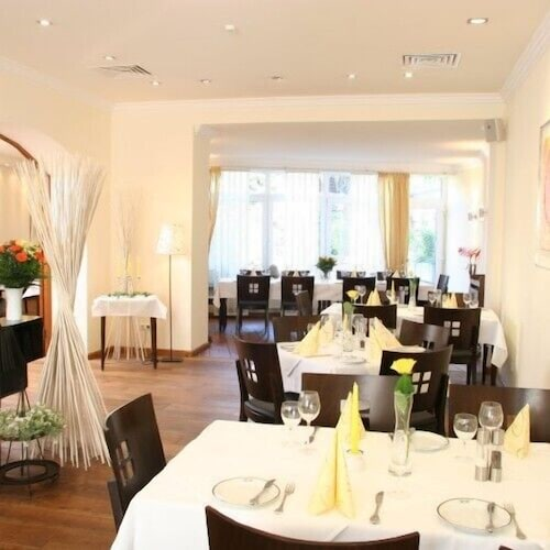 __{offers.Best_flights}__ Hotel Restaurant Rothkopf