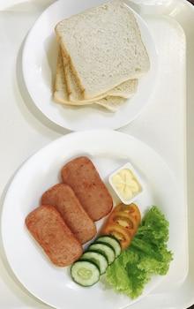 HONEYMOON SUITE ANAVADA APARTMENT Dining