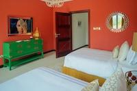 Royal Villa, 6 Bedrooms, Beach View, Beachside