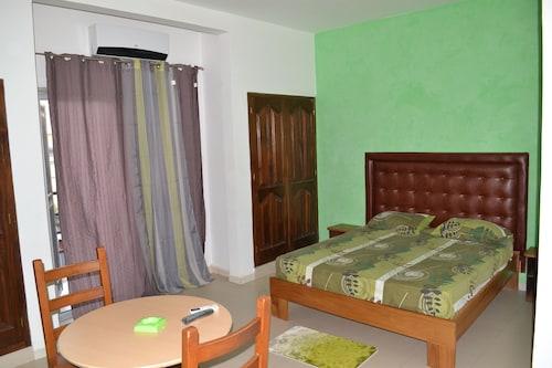 Maria Hotel, Dakar