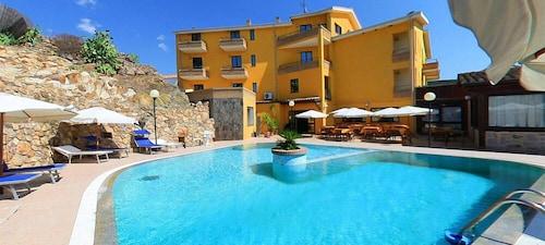 __{offers.Best_flights}__ Hotel Le Palme