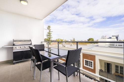 Executive Studio Inner City Apartment, Perth