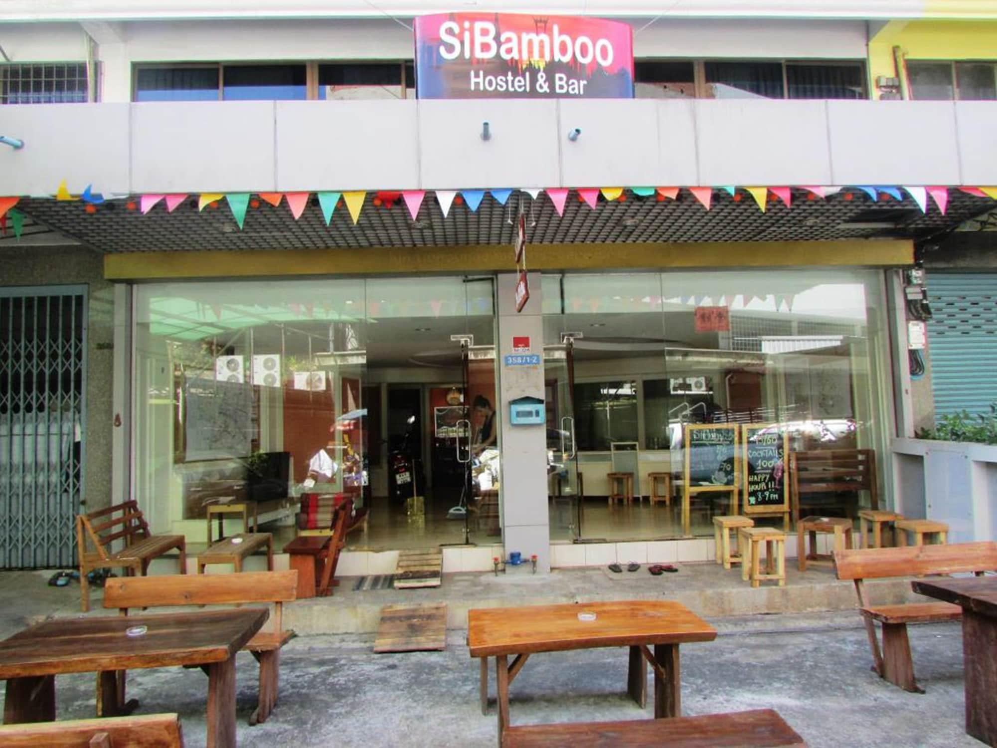 SiBamboo Hostel & Bar, Phra Nakhon