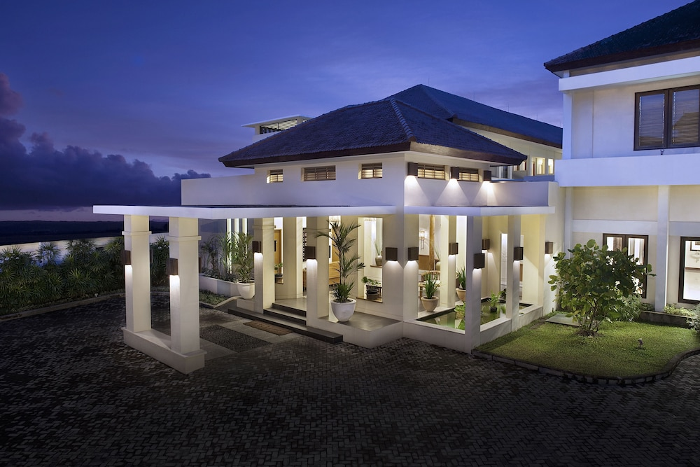 Billiton Hotel & Klub