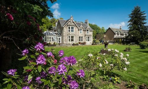 The Claymore Guest House, Perthshire and Kinross