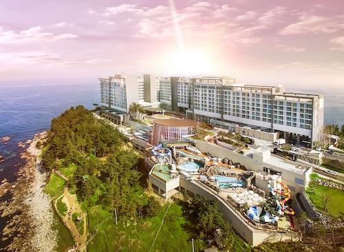 . Lotte Resort Sokcho