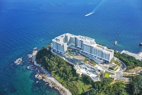 __{offers.Best_flights}__ Lotte Resort Sokcho
