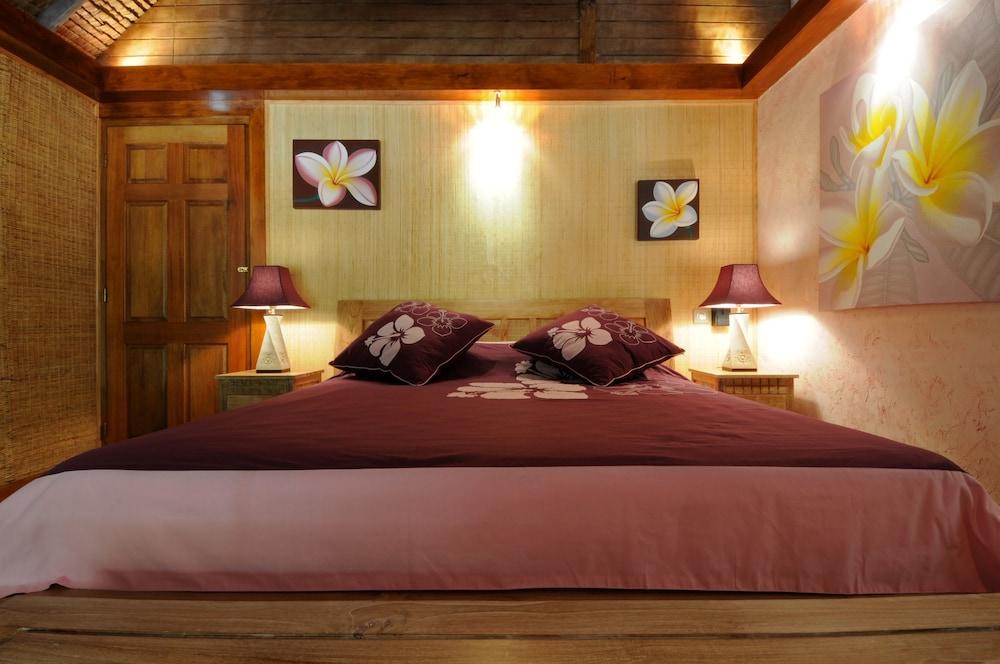 https://i.travelapi.com/hotels/19000000/18800000/18797900/18797859/03738dcf_z.jpg