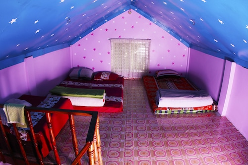 Nilbarno Cottage, Moulvibazar