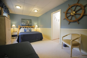 Triple Room, Ensuite (Nautical Room)