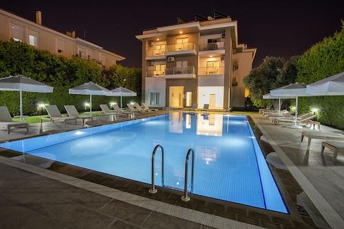 . Cilek Marina Hotel