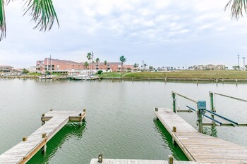 N Padre Island Condo by RedAwning