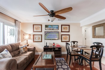Central Destin Condo Next to Beach by RedAwning