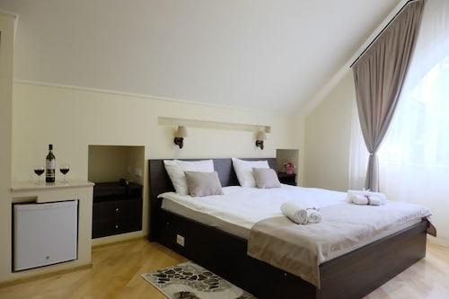 HOTEL S&L, Tbilisi