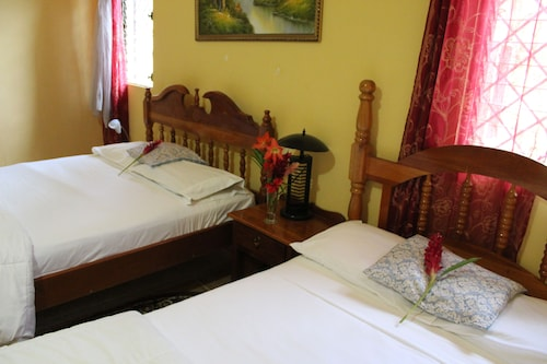 King Bed Resort,