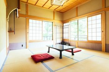 通常和室 8畳 (共用バスルーム) 高野山 増福院