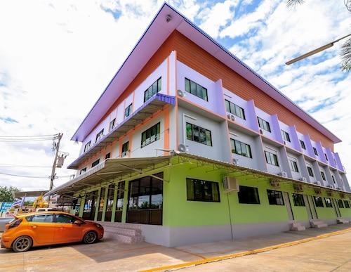 Prathomporn Fancy House, San Sai