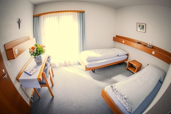Basic Single Room, 1 Twin Bed