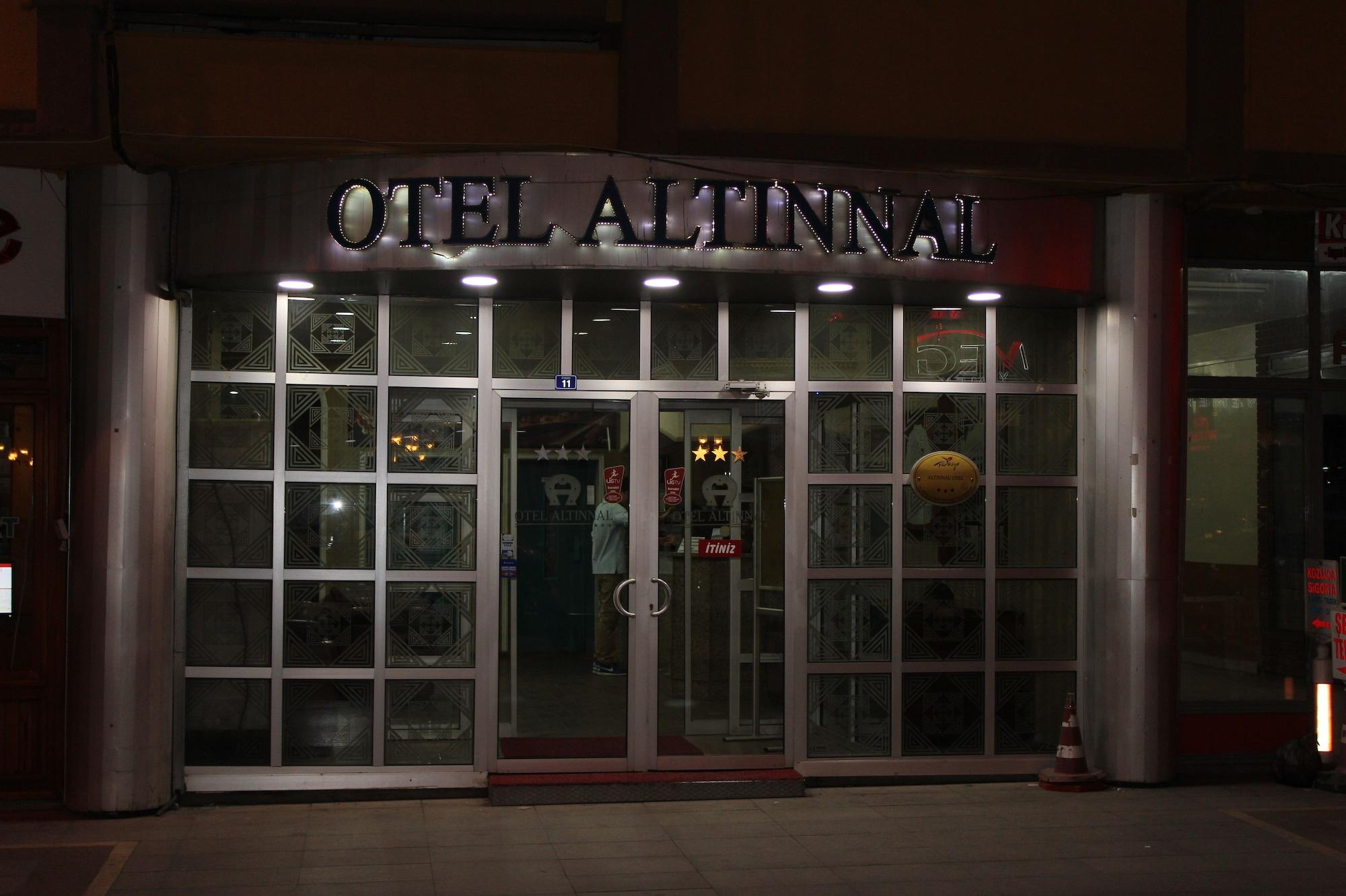 Hotel Altinnal, Merkez