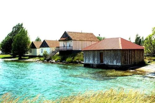 . Noy Land Resort