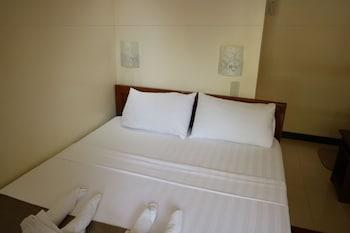 RELUCIO INN Room