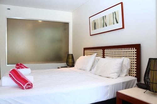 Penthouse 422.423, Cairns - Northern Suburbs