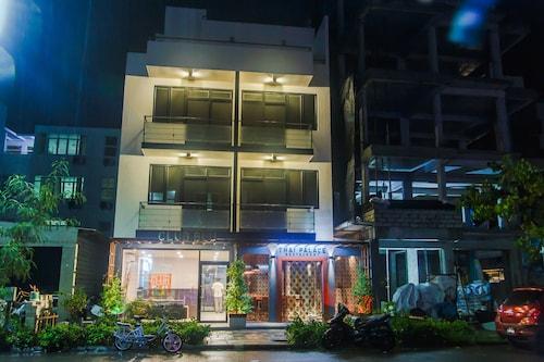 Club Blu, Malé