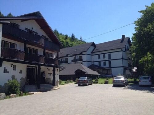 . Casa Octavian