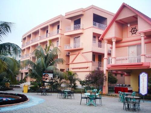 Resort Atlantis, Dhaka