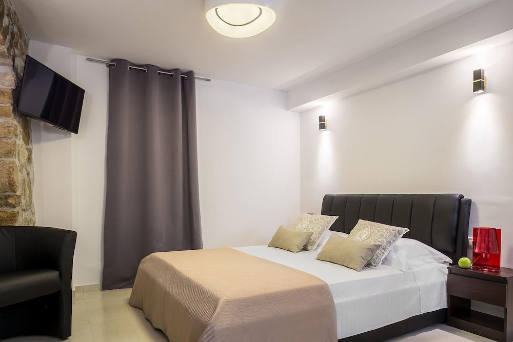 Split Bliss Apartments