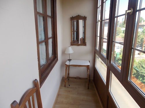Casa Güela, Asturias
