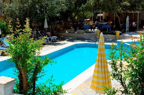. Hotel Dionysia