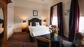 亞歷山大飯店 Alexandra Hotel