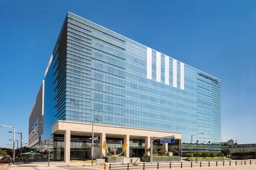 . Golden Tulip Incheon Airport Hotel & Suites