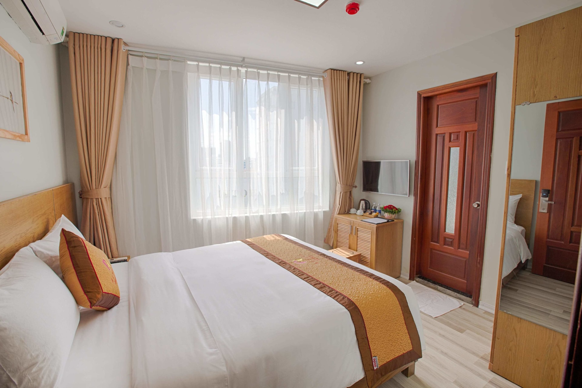 Alyssa Da Nang Hotel, Sơn Trà