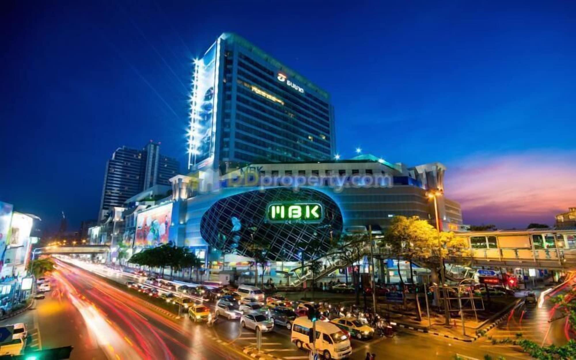 WYH Boutique and Design Hostel, Khlong San