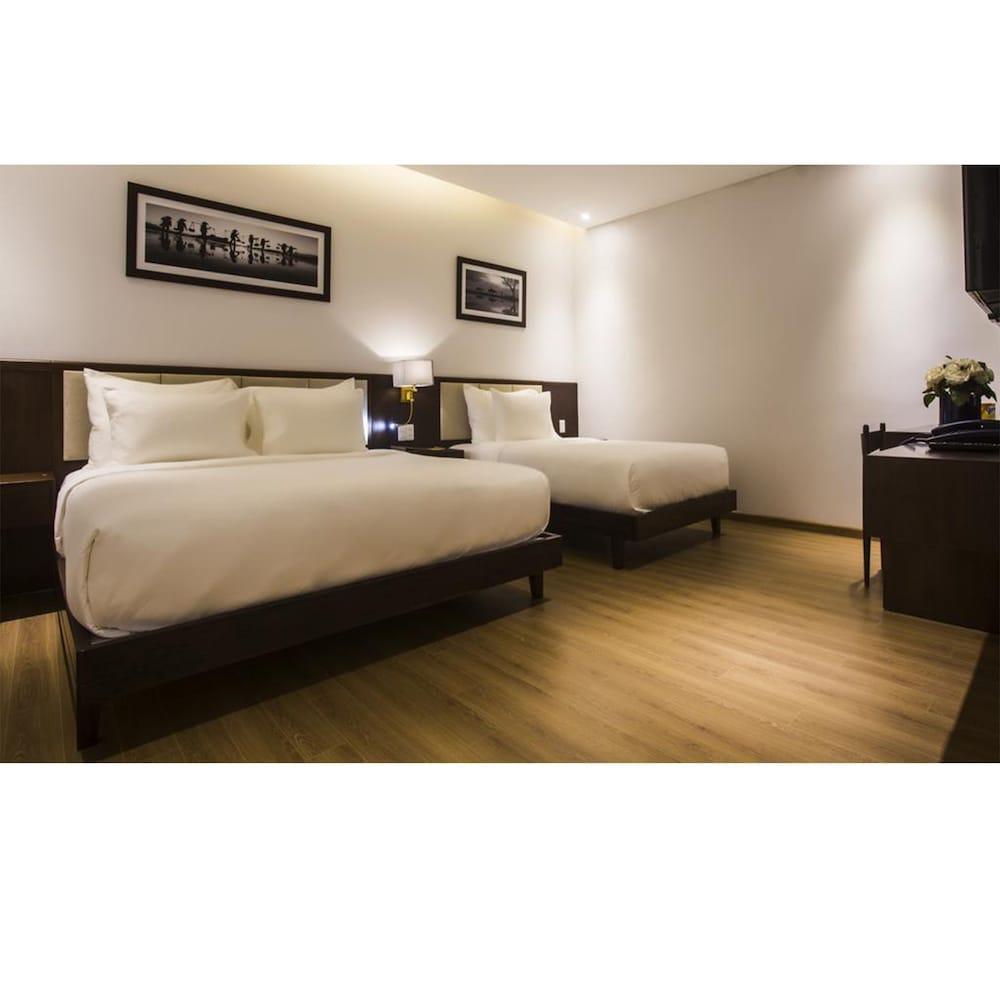 ディ ルッソ ホテル