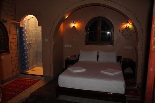 . Maison d'hôte Tizwiyate Dades