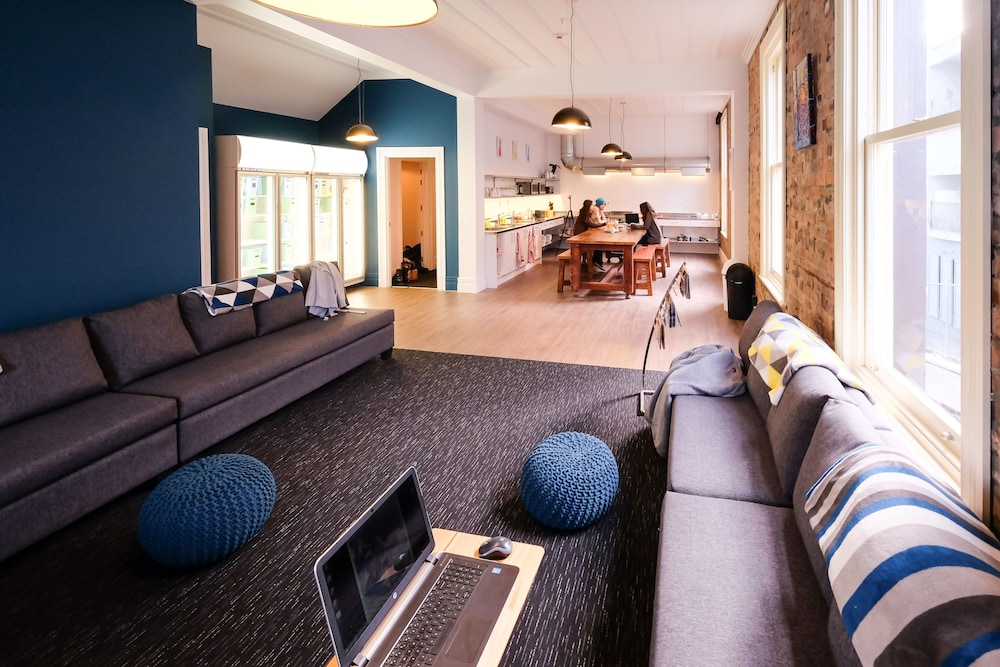 Haka Lodge Auckland - Hostel