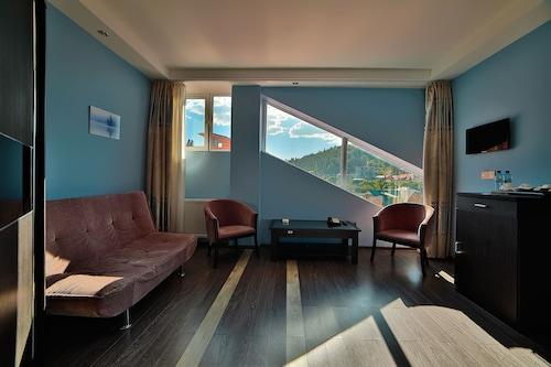 Hotel Snow Plaza, Borjomi