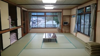 Japanese Style Room for 10 People