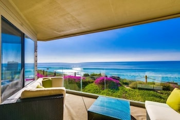 Oceanview Solana Beach - 2 Br condo by RedAwning