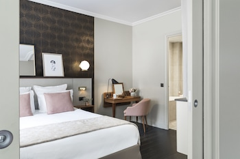 Junior Suite, 1 King Bed with Sofa bed, Non Smoking (with Sofabed)