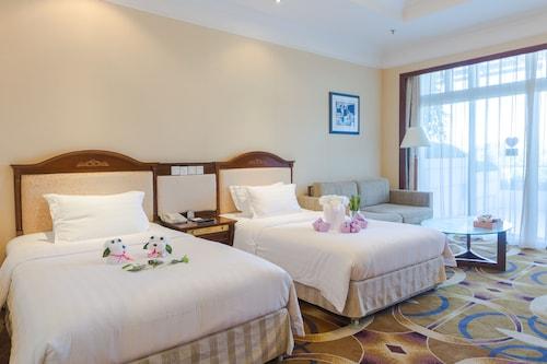 . Xiamen International Seaside Hotel