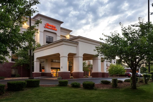 __{offers.Best_flights}__ Hampton Inn & Suites Manchester Bedford